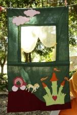 κουκλοθέατρο κάστρο με άμαξα puppet castle coach