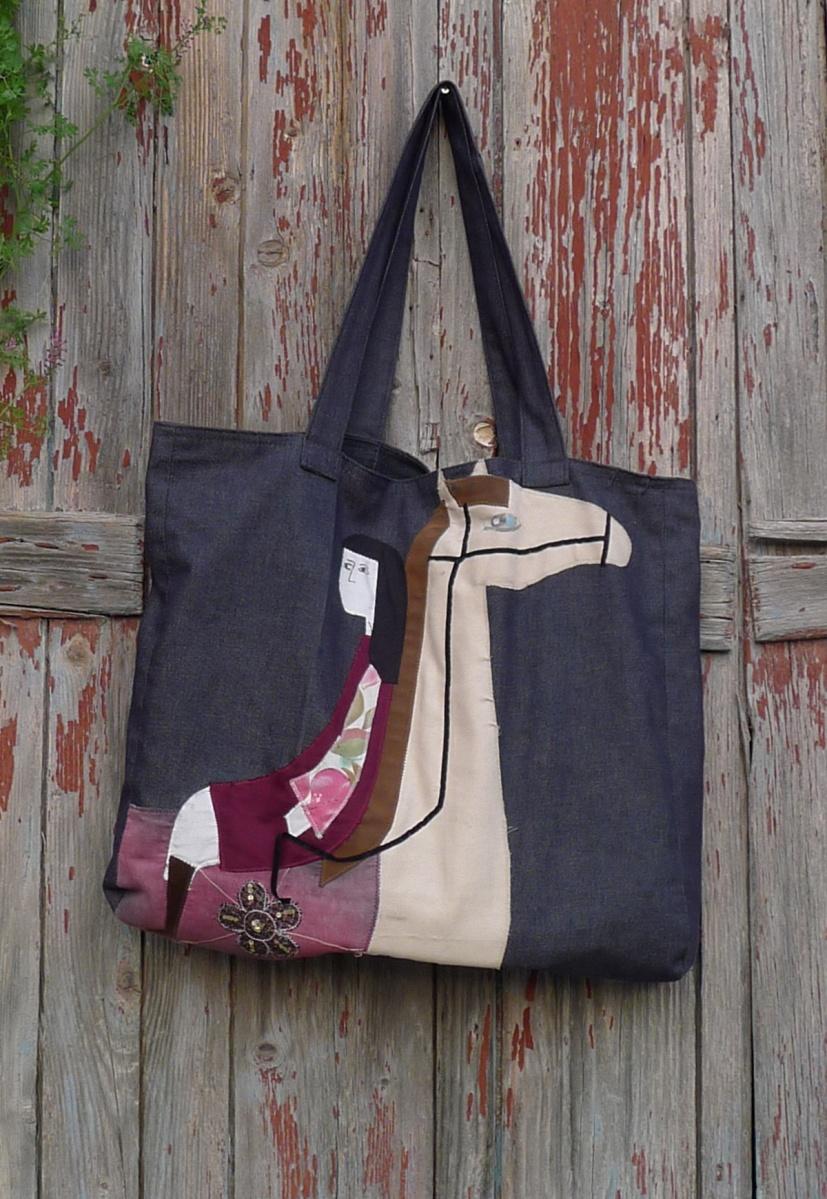 μεγάλη τσάντα ώμου άλογο με κοπέλα